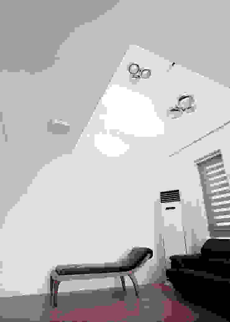 HOUSE DAM 디자인그룹 콜라보 모던스타일 벽지 & 바닥