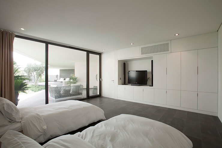 Modern style bedroom by AGi architects arquitectos y diseñadores en Madrid Modern