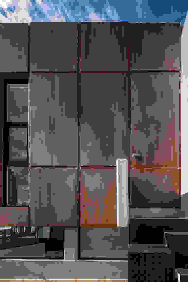Casa-estudio Choi CEC Casas modernas de CUBO ROJO Arquitectura Moderno