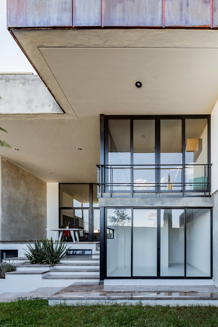 Casa-estudio Choi CEC Jardines modernos de CUBO ROJO Arquitectura Moderno