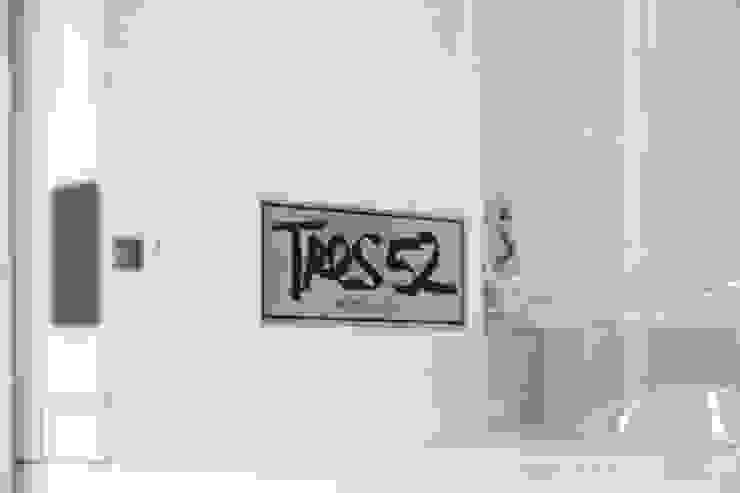Cocina SERVO - DRIVE de TRES52 S.A.S Minimalista