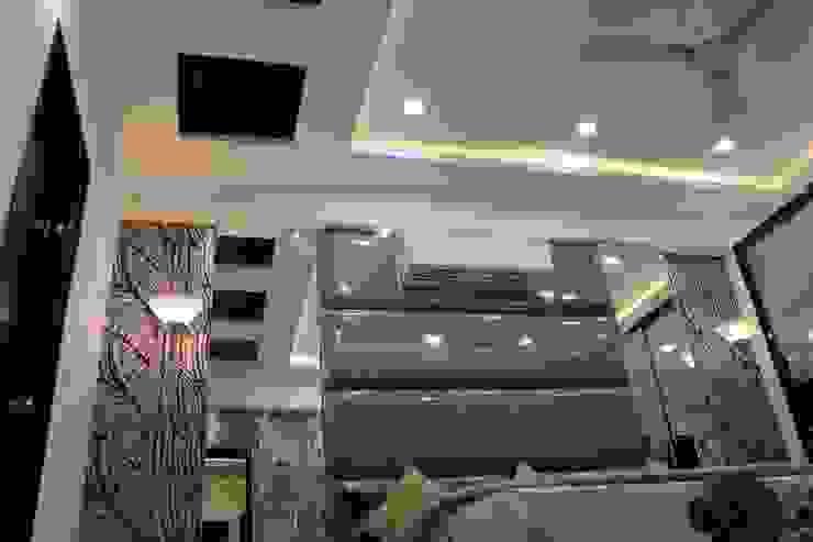Enrich Interiors & Decors Asiatische Schlafzimmer