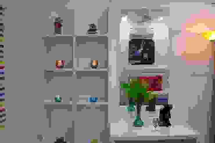 Children Bedroom Dressing:  Dressing room by Enrich Interiors & Decors,
