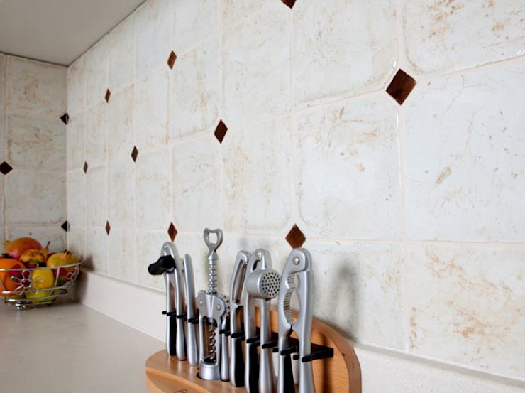 Handmade terracotta: Product of passion - Wall tiling Mediterrane evenementenlocaties van Terrecotte Europe Mediterraan Tegels
