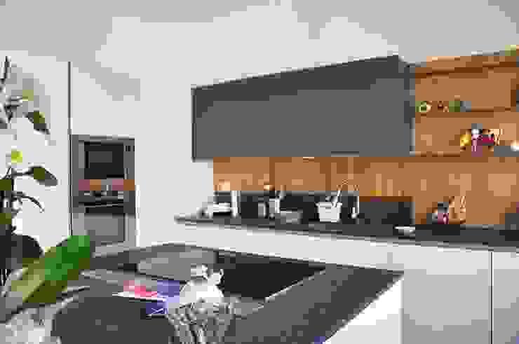atelier architettura Cocinas de estilo moderno