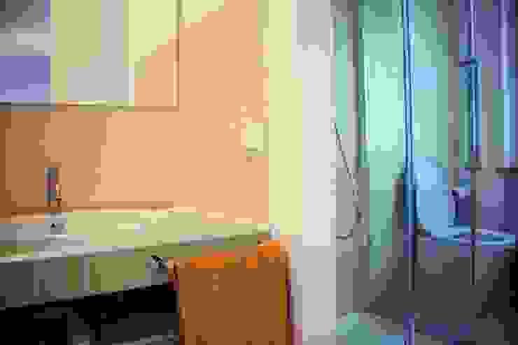 atelier architettura Modern bathroom