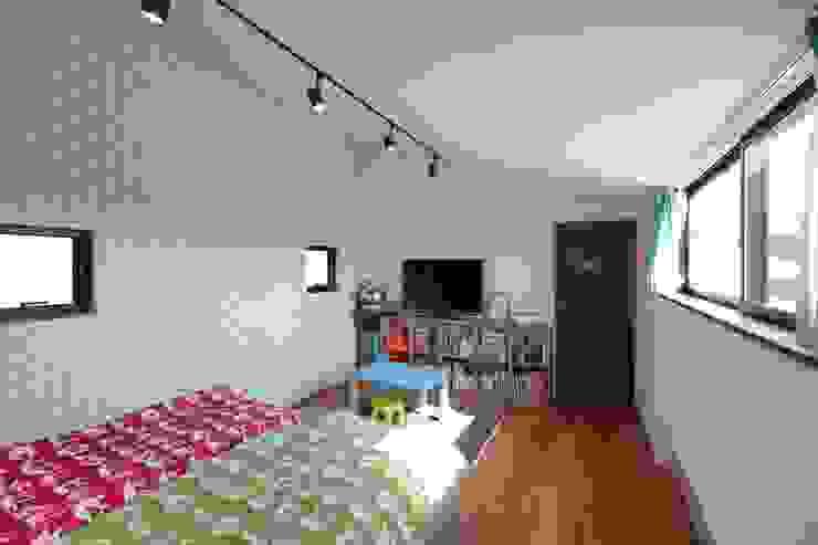 ときどき電車の見える家: 設計事務所アーキプレイスが手掛けた子供部屋です。,