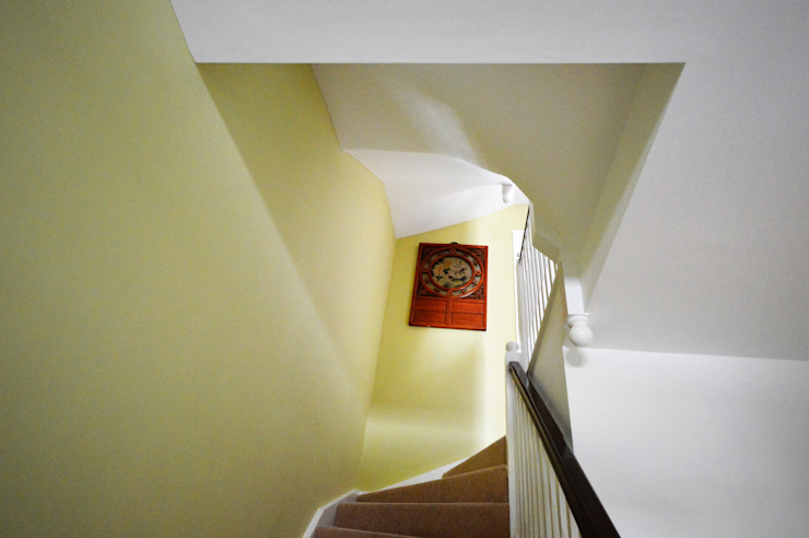 Painting and decorating Royal Arsenal, London Paintforme Modern Corridor, Hallway and Staircase Green