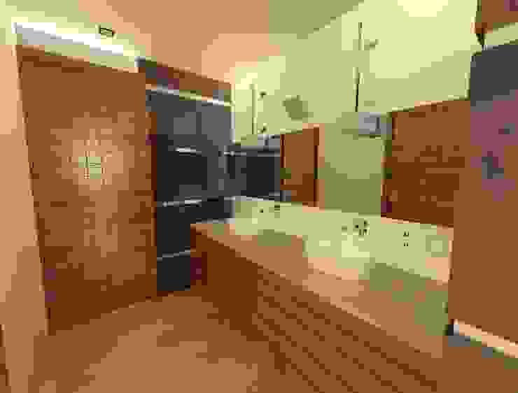 Diseño 3D lavabos recamara principal Baños de estilo moderno de CESAR MONCADA SALAZAR (L2M ARQUITECTOS S DE RL DE CV) Moderno
