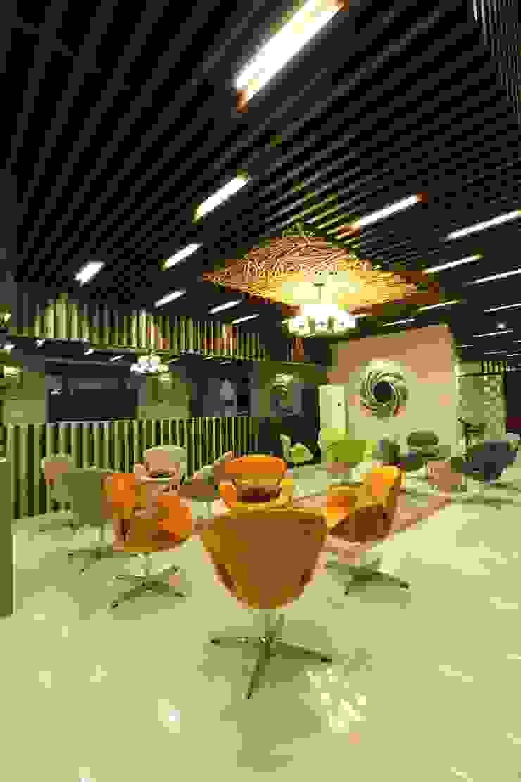 Hoteles de estilo tropical de PT. Dekorasi Hunian Indonesia (DHI) Tropical