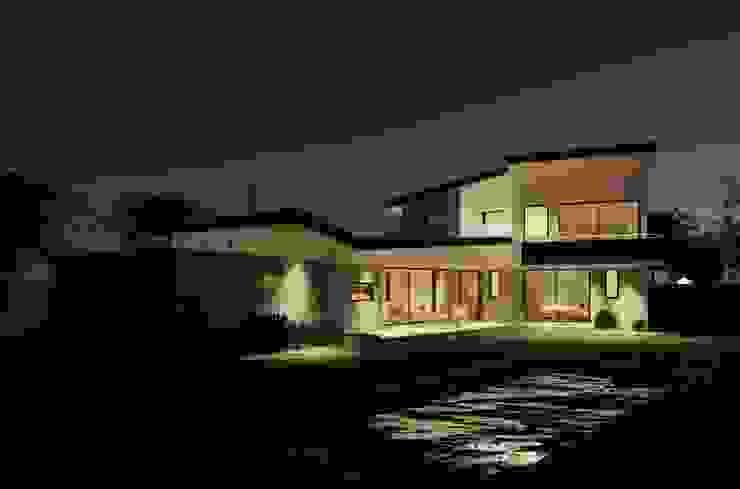 Casa Gajardo de AtelierStudio