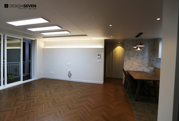 modern  by 디자인세븐, Modern Tiles
