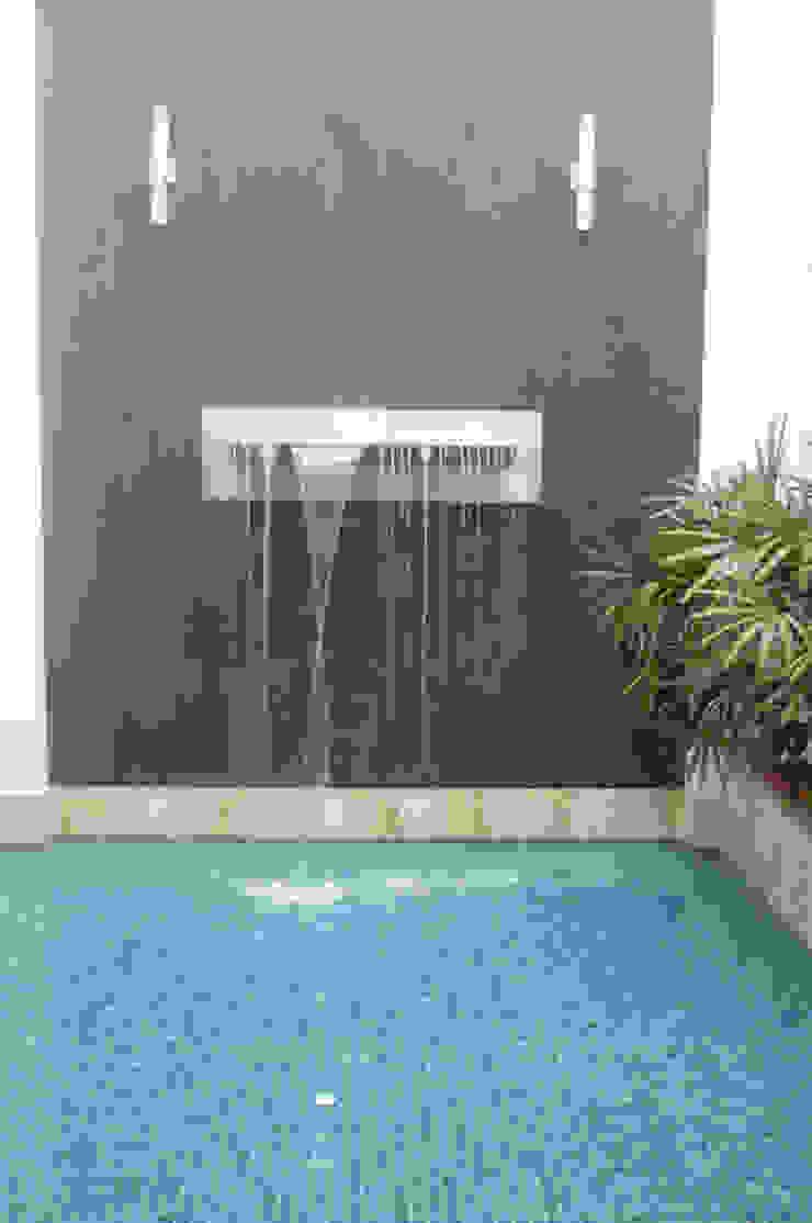 Casa Vega aruachan Jardines de estilo minimalista de mínimal arquitectura Minimalista