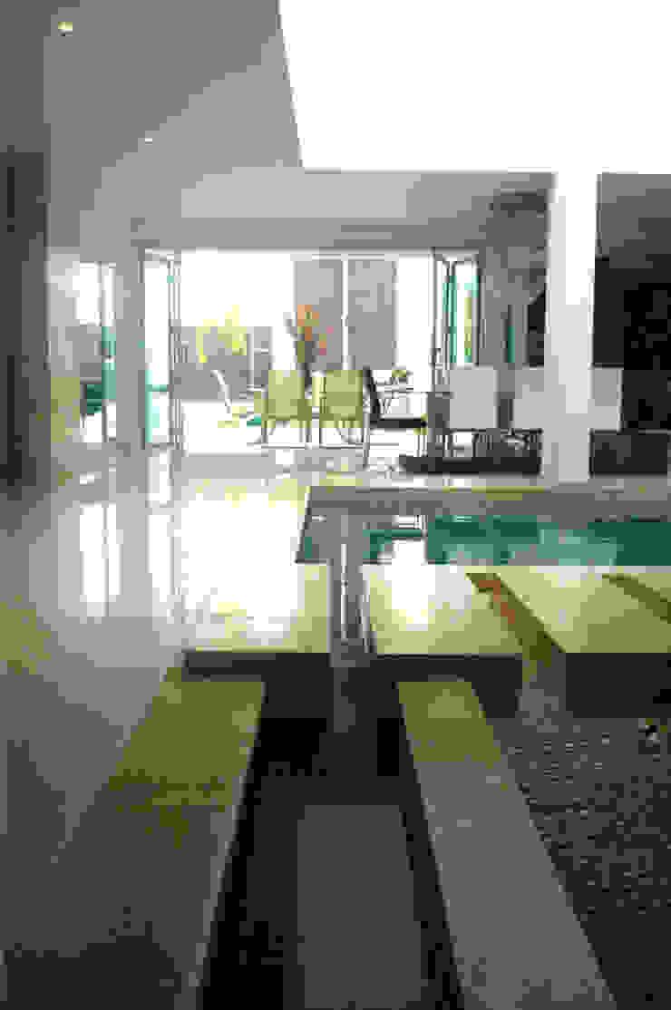 Casa Vega aruachan Salas de estilo minimalista de mínimal arquitectura Minimalista