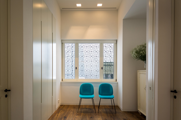 現代風玄關、走廊與階梯 根據 Alejandro Giménez Architects 現代風 木頭 Wood effect