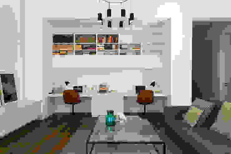 现代客厅設計點子、靈感 & 圖片 根據 Alejandro Giménez Architects 現代風 木頭 Wood effect