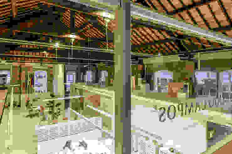Susana Camelo Edificios de oficinas de estilo minimalista Beige