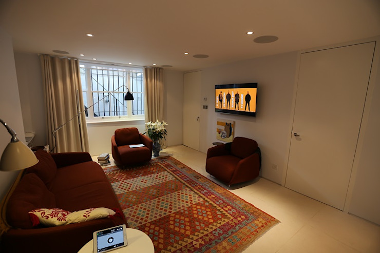 Crestron Audio Video Installation in Primrose Hill Custom Controls Ruang Keluarga Modern