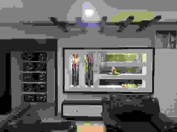 Living Room Display: modern  by TRIUMPH INTERIORS, Modern
