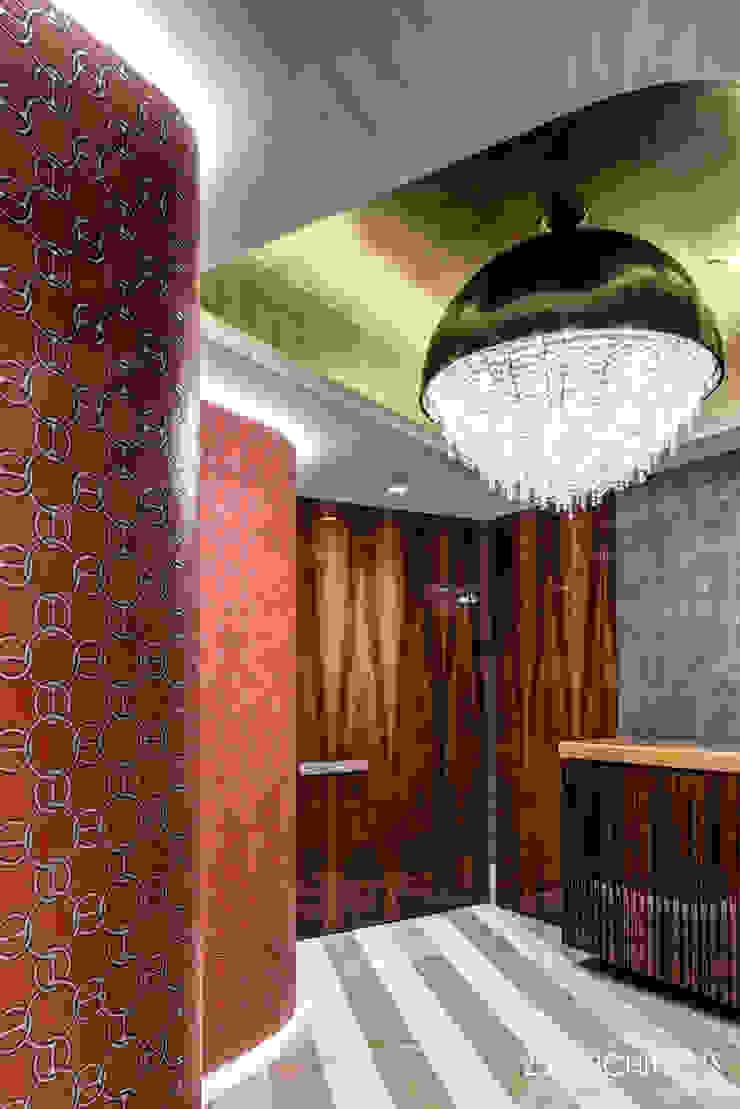 Ozero crystal chandelier Manooi Corridor, hallway & stairsLighting