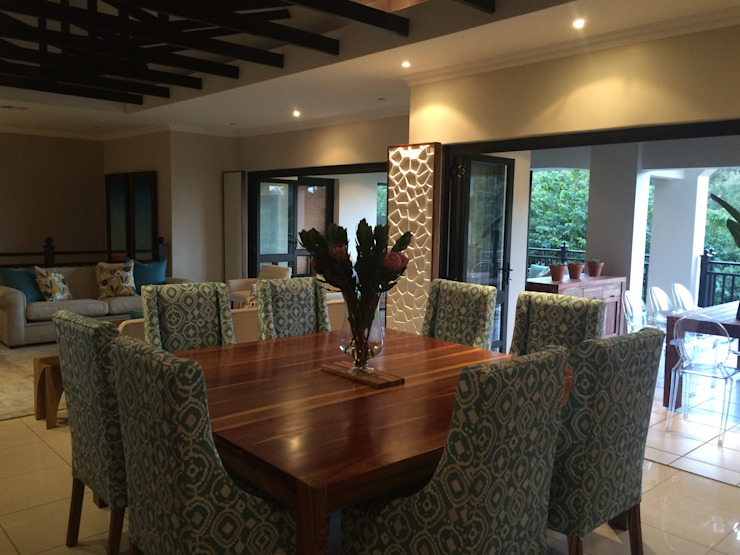 Decorating the Zimbali Residence in Ballito: eclectic  by Just Interior Design, Eclectic
