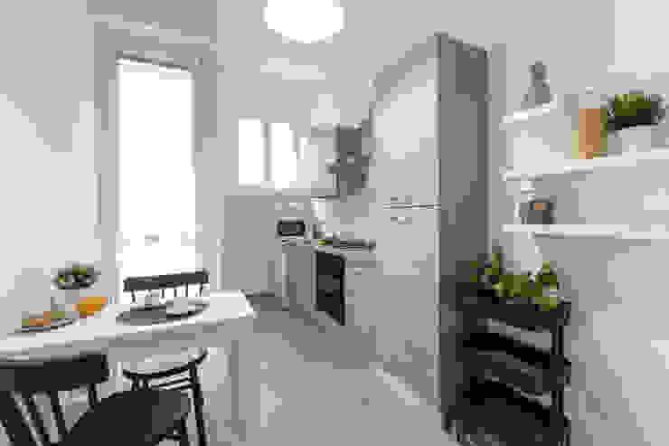 Casa MS Cucina moderna di Architrek Moderno