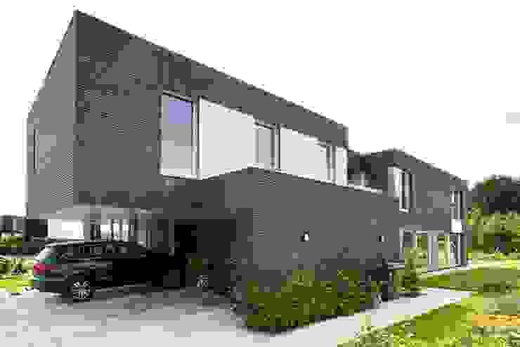 by van den hout & kolen architecten