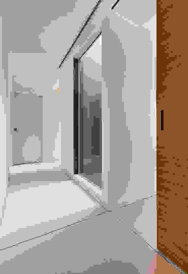 Casa GB Ingresso, Corridoio & Scale in stile moderno di Elia Falaschi Fotografo Moderno