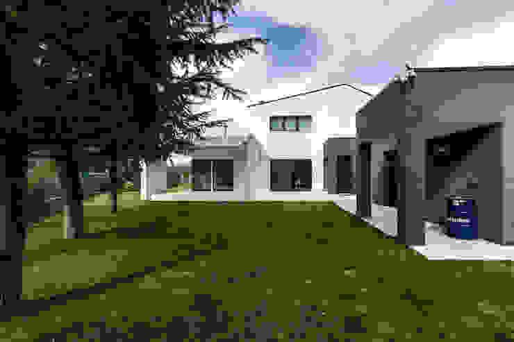 Casa GB Case moderne di Elia Falaschi Fotografo Moderno