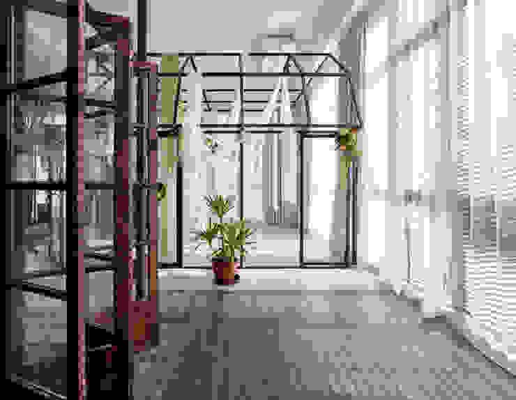 Oficinas y tiendas de estilo ecléctico de 漢玥室內設計 Ecléctico