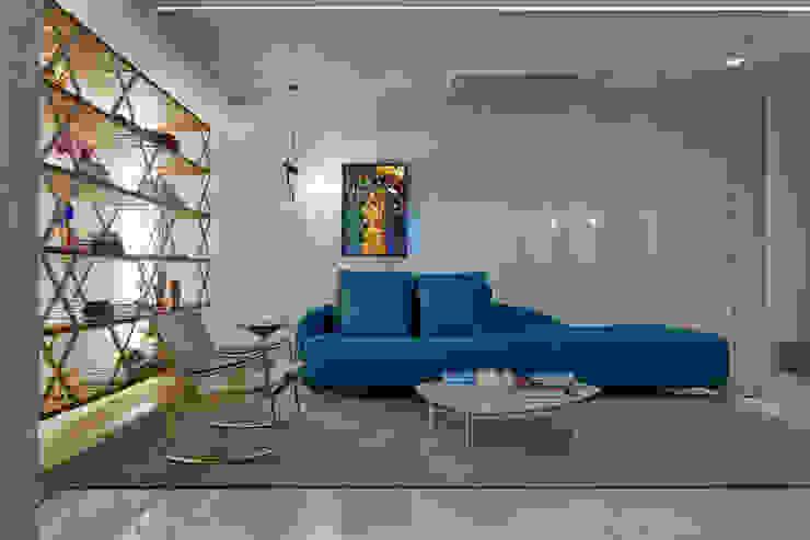Modern living room by Luiz Henrique Ribeiro arquitetura e design de interiores Modern