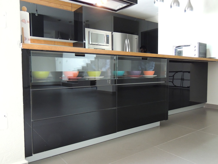 Puertas para muebles de cocina: diseños y materiales