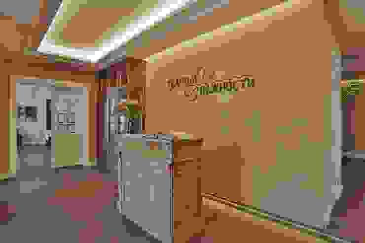 Classic gastronomy by Студия дизайна Дмитрия Артемьева 'Prosto Design' Classic
