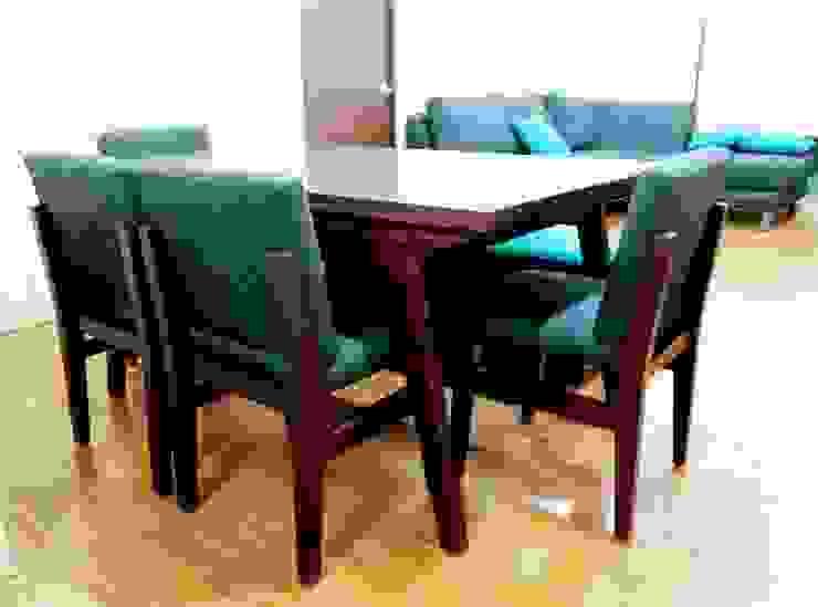 Proyecto de amueblado en departamento Comedores modernos de Estilo en muebles Moderno Madera maciza Multicolor
