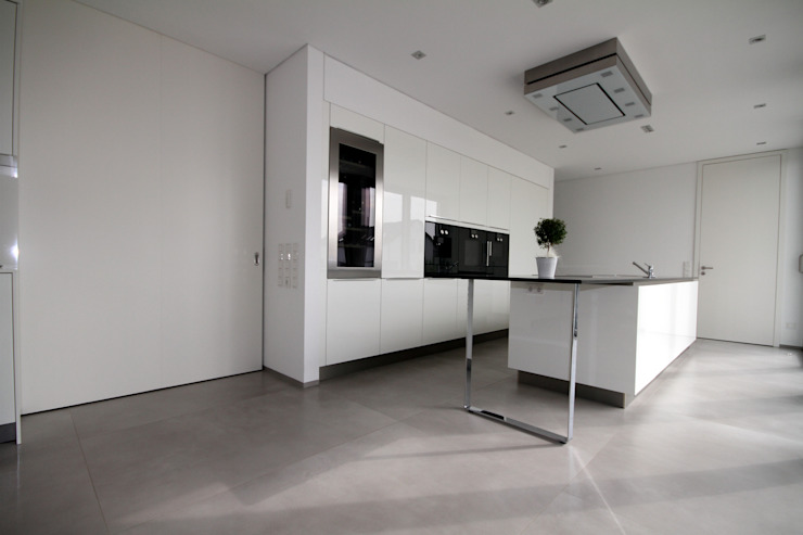 Modern style kitchen by GERBER Ingenieure GmbH Modern