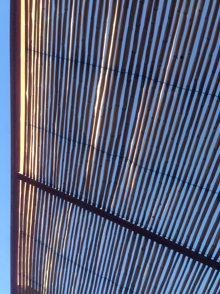 MURTRA SANTA MARÍA DEL SILENCIO | CHIU-CHIU | REGIÓN DE ANTOFAGASTA | CHILE de RH+ ARQUITECTOS Moderno Bambú Verde