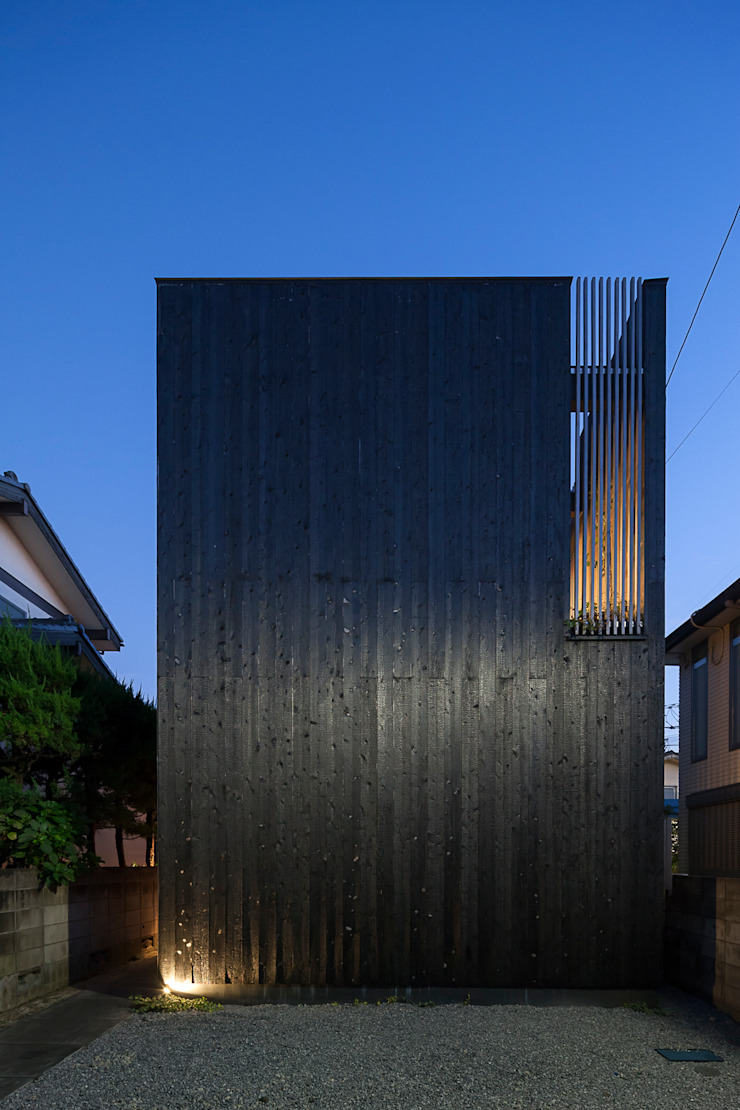 根來宏典建築研究所 บ้านเดี่ยว ไม้ Black