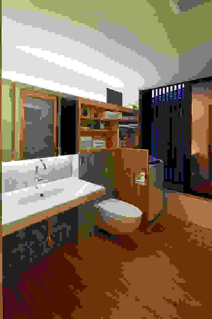 根來宏典建築研究所 ห้องน้ำ ไม้ Wood effect
