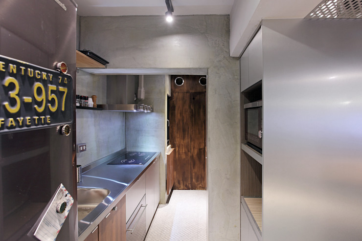 高雄衛武營公寓住宅 - 廚房設計 森畊空間設計 置入式廚房 銀/金 Metallic/Silver
