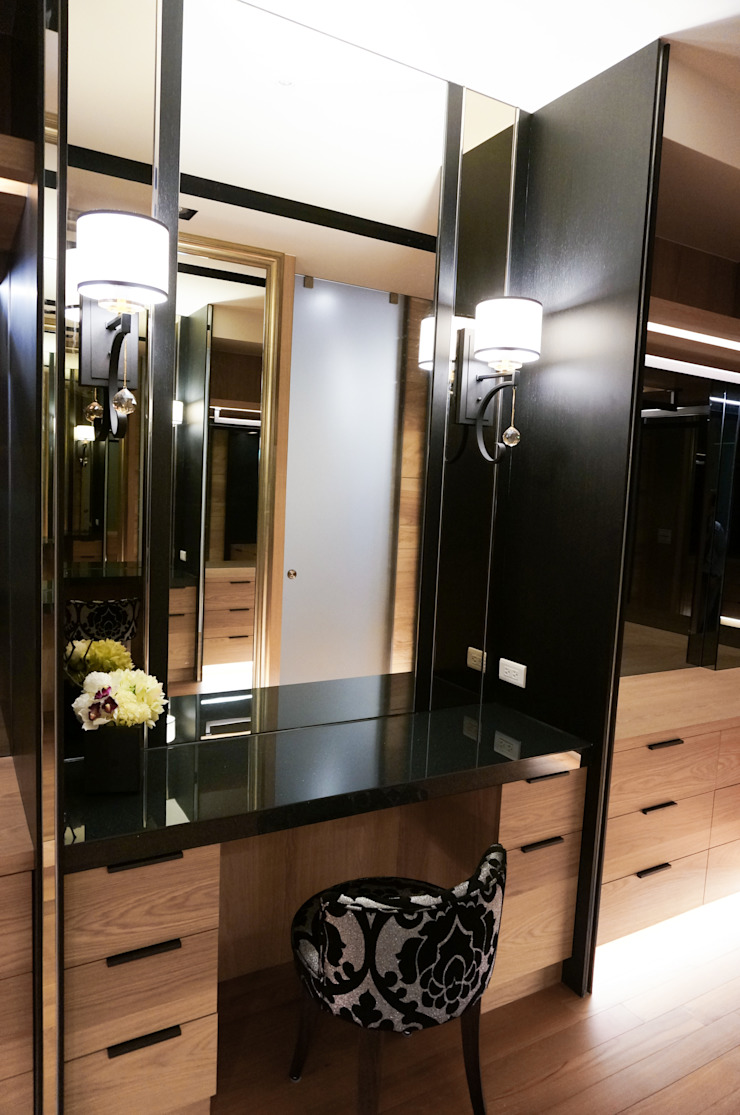 Eclectic style dressing rooms by 沐築空間設計 Eclectic