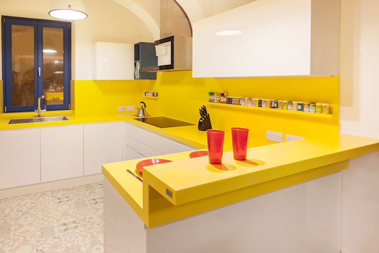 POLİMER DECOR Mermer Masa Mutfak Ve Banyo Tezgahları Uygulama Merkezi CucinaArmadietti & Scaffali Legno Bianco