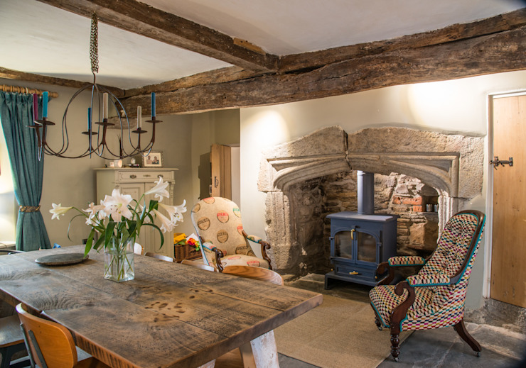 Award-Winning Listed Building Renovation by Living Space Architects Classic Wood Wood effect