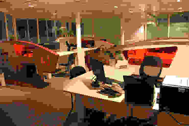 oficina comercial viña del mar de IDEAfactory Moderno Contrachapado