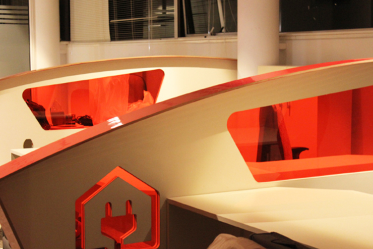 oficina comercial de IDEAfactory Moderno Contrachapado
