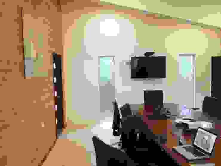 oficinas CCTA IDEAfactory Oficinas y Comercios Hierro/Acero Multicolor