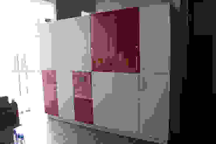 lockers de IDEAfactory Moderno Compuestos de madera y plástico