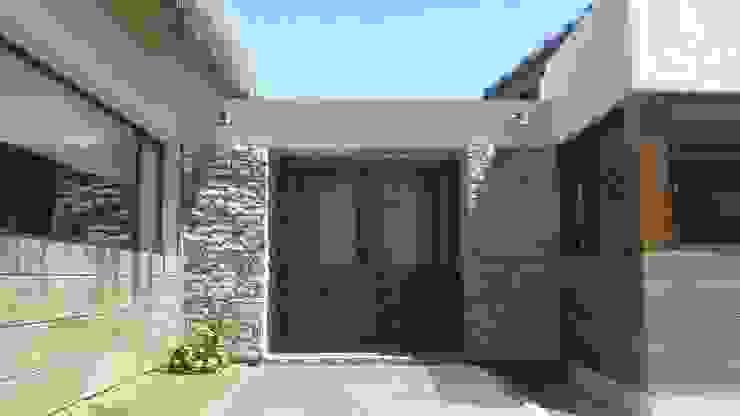 Vivienda en Algodon Casas rústicas de Azcona Vega Arquitectos Rústico