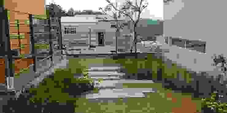 주택정원 – 경기도 고기동 타운하우스 정원 프로젝트 by (주)더숲 모던