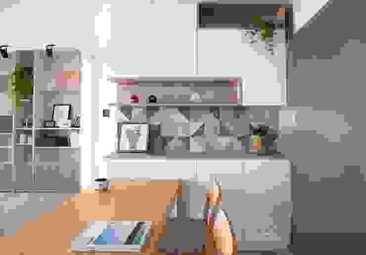 餐櫃設計 Scandinavian style dining room by 極簡室內設計 Simple Design Studio Scandinavian