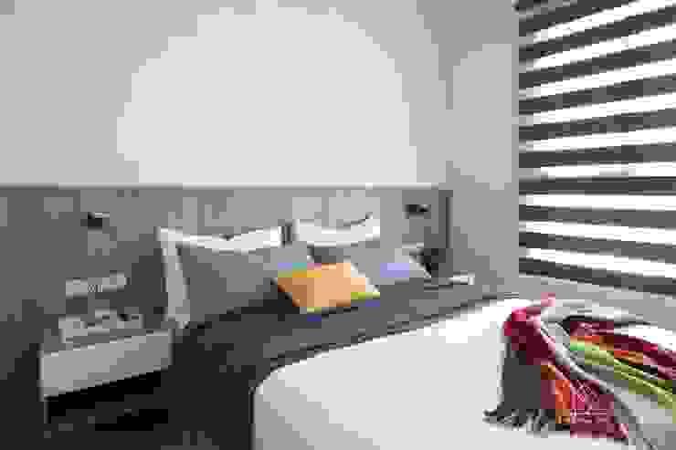 Chambre de style  par 極簡室內設計 Simple Design Studio